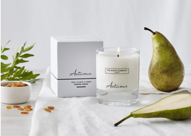 Autumn Candle with pears